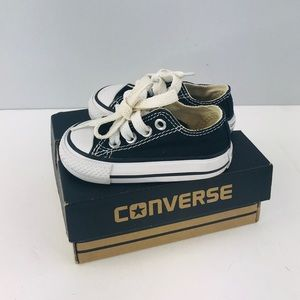 Converse black toddler sneakers SZ:3